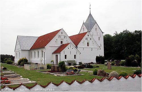 Saint Clemens Church Römö, Denmark Römö Church has some beautiful ship models. The churchyards has an unique collection of characteristic commander gravestones.
