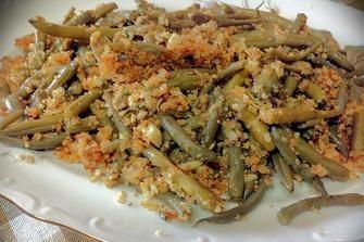 Ricetta vegan: fagiolini all'aglio e mollica croccante