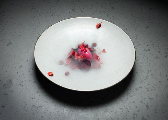 Atsushi Tanaka, Parisian chef - Raspberry, Beet and Timut Pepper