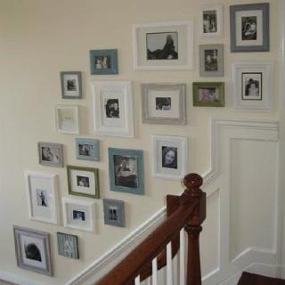 Fab family photo arrangement