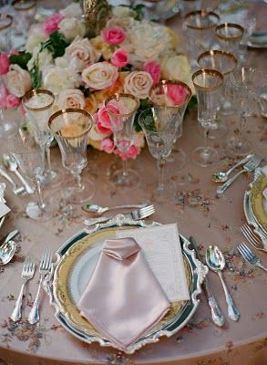 Beautiful tablescape..
