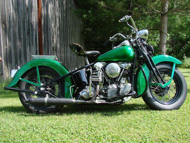 americabymotorcycle:  1947 HARLEY-DAVIDSON EL Knucklehead For Sale by loudbike on Flickr.