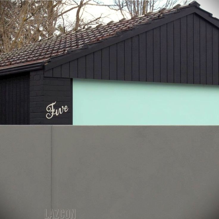 We will be showing you more of this lovely project soon but couldn't help but share a teaser from Lazcon Build, where typography and texture have been used in the most dynamic way. Porter's Paints Stone Paint Fine in colour Aniseed was used on the main body of the home and Stone Paint Course in colour Blue Concrete on the fence.The movement and texture achieved gives this beautiful home such a lovely presence!