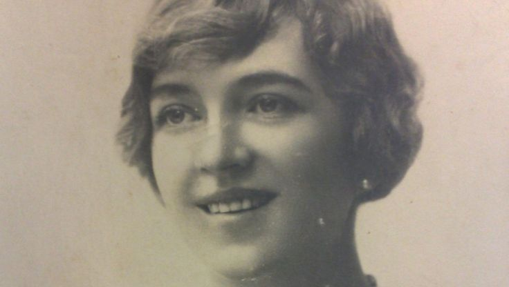Eén van de vrouwen die beweerden een dochter van tsaar Nicolaas II te zijn, was Ramses Shaffy's moeder, Alexandra Thérèse de Wysocka. Ze verkeerde in de…