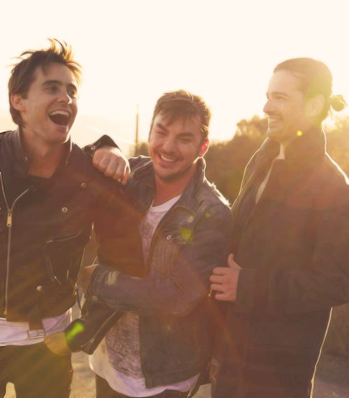 30 Seconds to Mars...what an awesome pic!