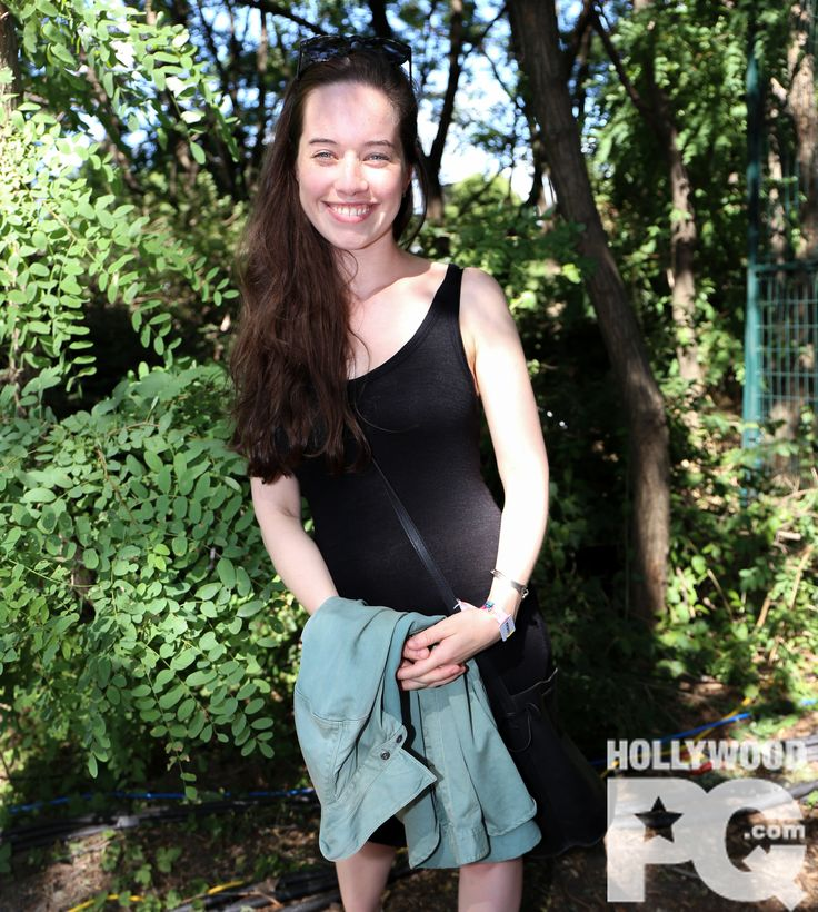 SPOTTED - Anna Popplewell de The Chronicles of Narnia à Osheaga 2015 | HollywoodPQ.com