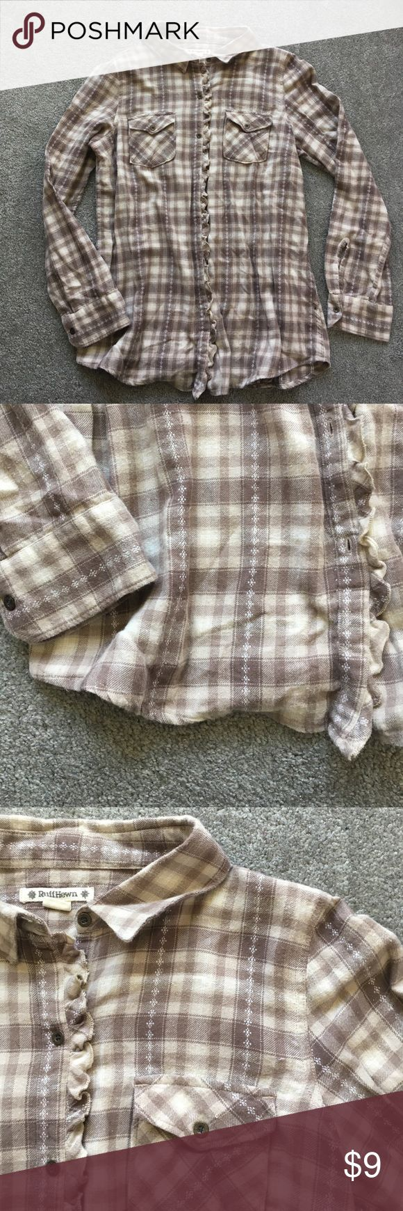 Super cozy ruff hewn plaid button down It's super comfy! It is brand new without the tags! 20% off bundles and excepting all reasonable offers!! ruff hewn Tops Button Down Shirts