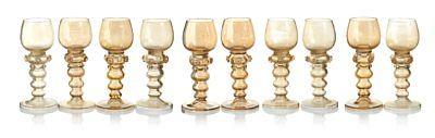 GLASS  Rømerglass. 10 stk. Svakt brunlig glass. Ca. år 1900. ANTALL 10