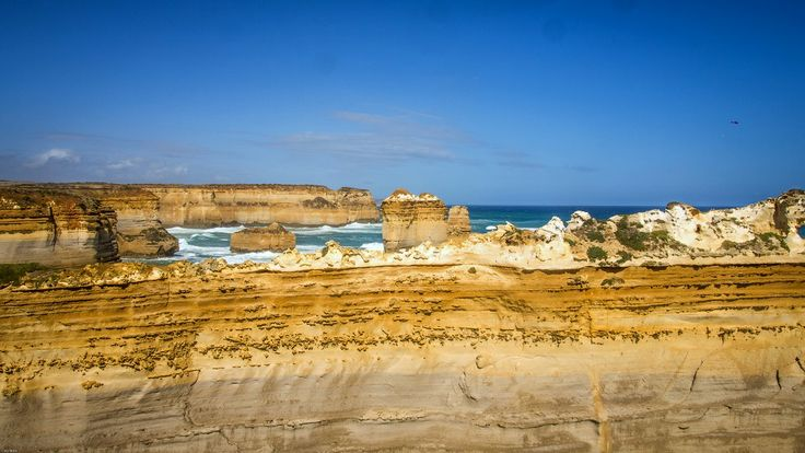 Oh the erosion. The colors. Stunning. Great Ocean Road