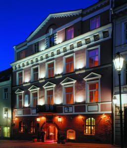 Hotel Narutis, Lithuania -  WiFi client satisfaction rank 8/10. Download14.8 Mbps, upload 14.3 Mbps. rottenwifi.com