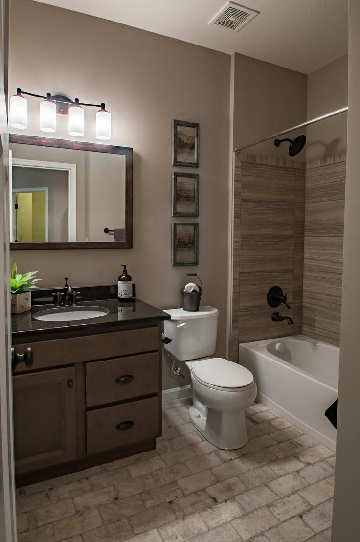 Bathroom | The Winthrop | St. Jude Dream Home 2017 | Fischer Homes