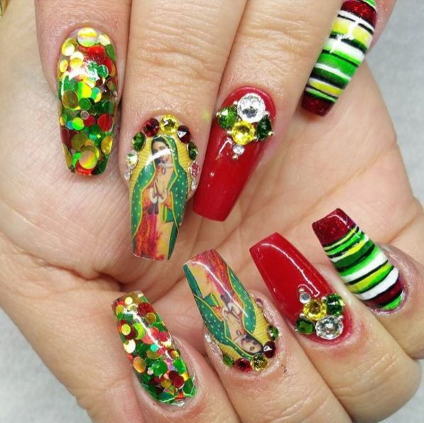 http://www.vivala.com/nails/mexican-nail-art/6581/These Virgen de Guadalupe nails are the life of the party./1