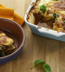 Breville Turn on Your Creativity: Layered #Beef & Spinach Cannelloni  a delicious and satisfying Beef & Spinach Cannelloni #recipe. We make the super feared béchamel sauce easy to ensure homemade meals are as painless as ever.
