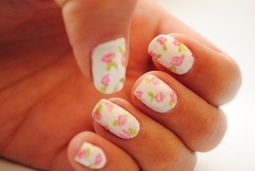 chic floral patterns! #nails http://pinterest.com/ahaishopping/