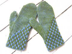 Ravelry: Lars, two-end knitted mittens pattern by marias garn