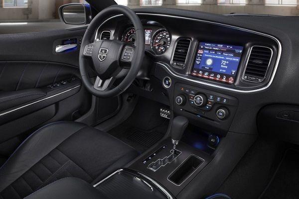 2016 Dodge Journey interior