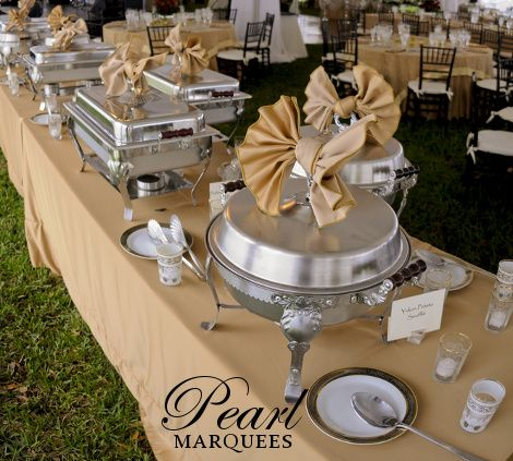 Good idea for chafing dish lids celebrations pinterest for Ensemble table buffet