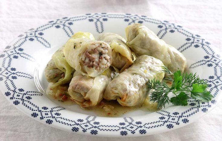 Λαχανοντολμάδες με ρύζι και κιμά - Συνταγές - Γιορτές και καλέσματα | γαστρονόμος