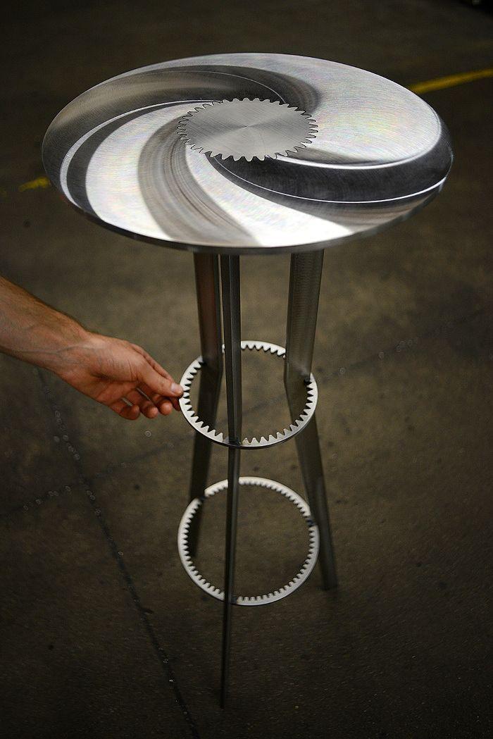 Coup de cœur : Tables engrenage GEARS par Amaury Poudray