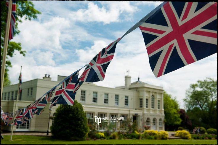 Monkey Island Wedding Photos, summer wedding with Union Jack Flags #monkeyislandweddings