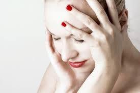 Panik atak tedavisi olmak için panik atak belirtilerinin katlanılmaz olmasını beklememeniz gerekiyor. Panik atak tedavisi hakkında bilgi alabilmek için aşağıdaki linke tıklamanız yeterli.  Panik Atak Tedavisi: http://www.madalyonklinik.com/tr/haber/panik-atak-nedir-belirtileri-ve-tedavi-yollari