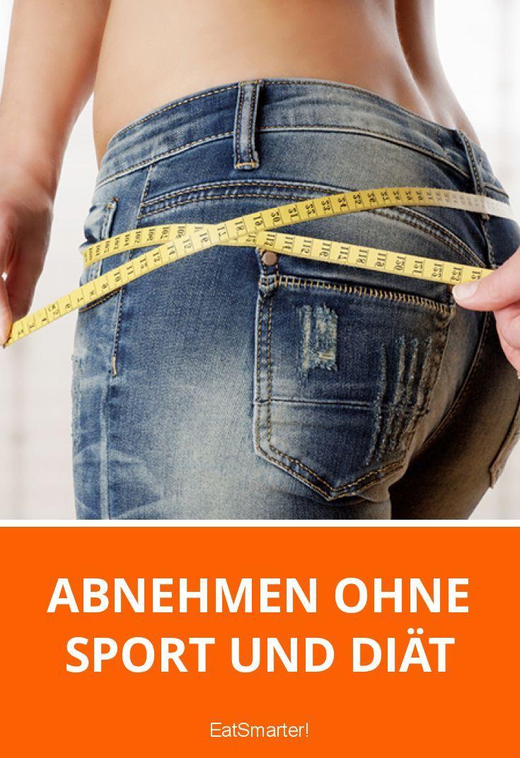 Abnehmen ohne Sport und Diät:  Wir verraten 10 wissenschaftlich belegte Tricks, mit denen du ohne große Mühe Kalorien einsparen kannst.