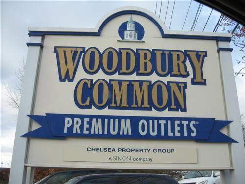 ugg outlet woodbury