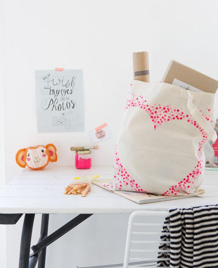 Zelfmaken: tas met hart #zelfmaken #diy #flairnl Flair 01/2015 | Fotografie: @danafotografie | Styling: @femkepastijn