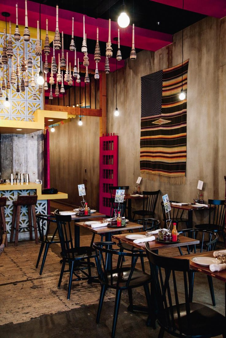 25 great ideas about mexican restaurants on pinterest for Restaurant dining room decorating ideas