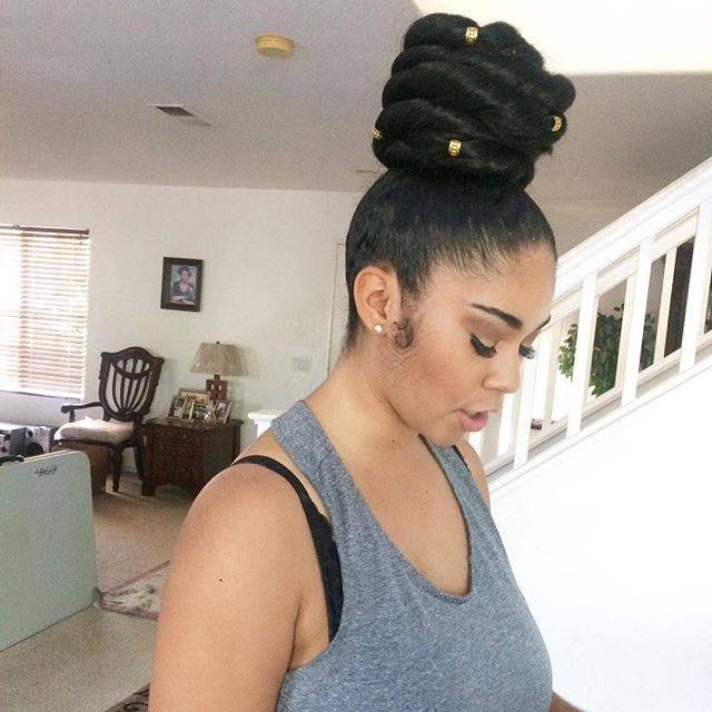 Back at it again with the massive topKnot bun  #bun #highbun #topknot #topknotbun #protectivestyles #voiceofhair #naturalhair #naturalista #styledbyme #healthyhairjourney #slayedbylex #fontanabraider #inlandempire #inlandempirebraids #naturalhaircommunity #naturalhairdoescare