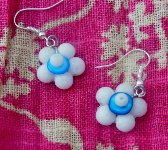 Flower Earrings  beaded glass and shellblue and by LeelysBeads, €8.00
