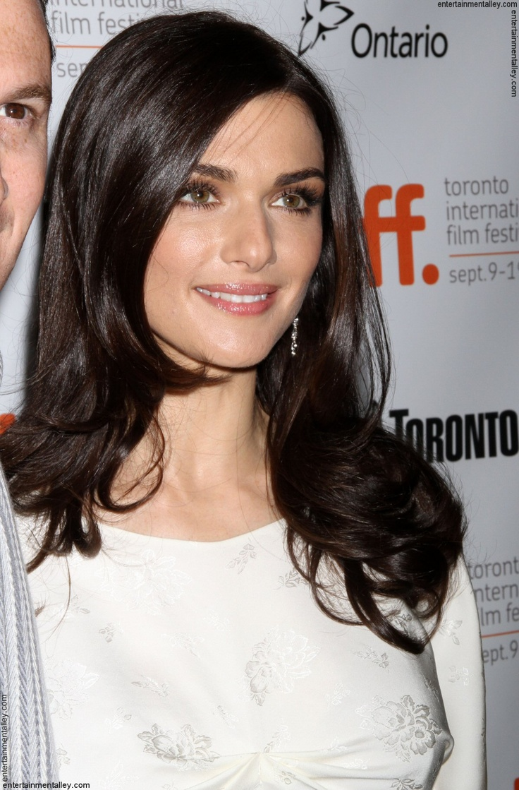 Rachel Weisz   I like her make up look!