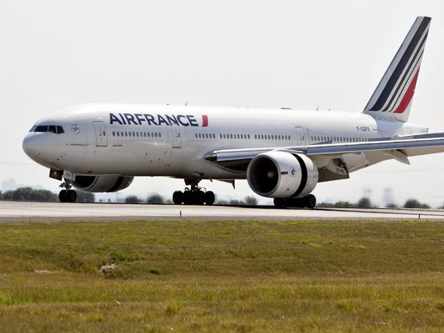Air France et Air Caraïbes assurent le Paris – Cayenne jeudi