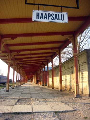 Haapsalu, Estonia, train station today  http://www.globe-hoppers.com/ilon-wikland.html