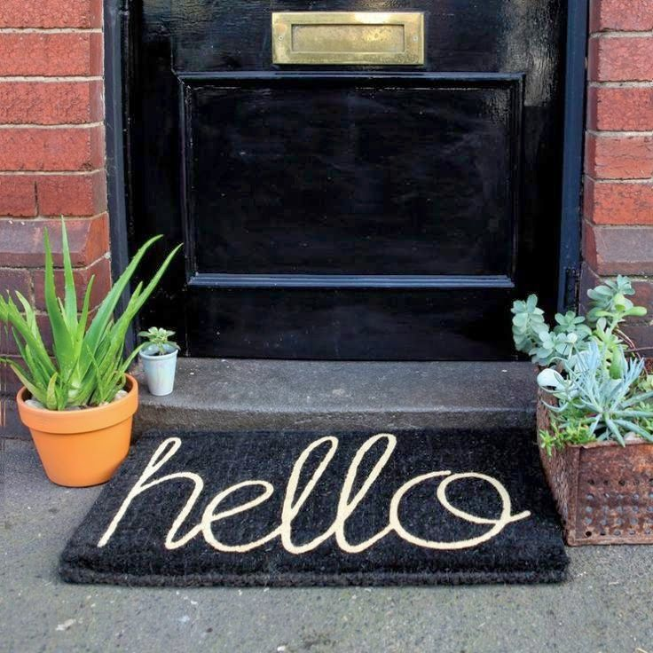 """DIY """"hello"""" Doormat / The Twisted Horn ...yes..I think this needs to be this weekend's project!"""