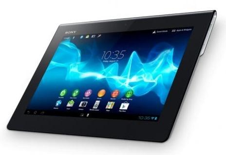 Sony Xperia Tablet Так, в основе устройства лежит четырехъядерный процессор Nvidia Tegra 3. Также можно отметить 1-мегапиксельную камеру для видеозвонков на передней панели и 8-мегапиксельную камеру на задней панели. Экран, - диагональю 9,4 дюйма и с разрешением 1280 x 800 пикселей. Также можно отметить поддержку Wi-Fi (8011.2 a/b/g/n), Bluetooth 3.0 и 3G, GPS, слот для карт памяти. Время автономной работы может достигать 10 часов.