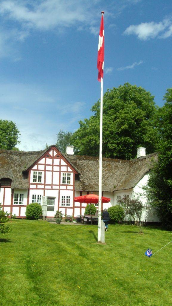 Marsvinslund, hovedgård 12 km syd for Viborg