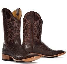 Men cowboy boots are a great fashion accessory among all category of people but there are a few things you should know about them to help you buy the right boots and look after them properly. cowboyboots-uk.co.uk/mens-cowboy-boots.html