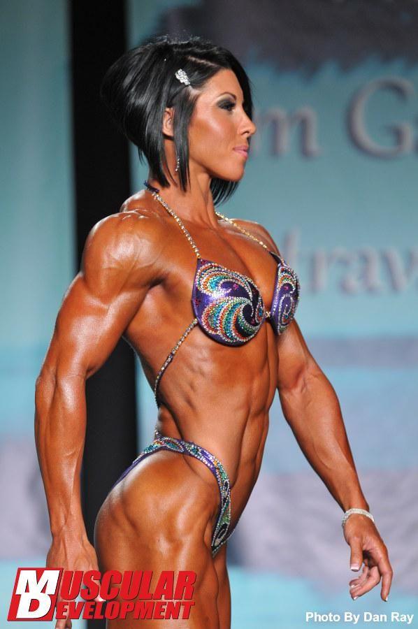 Dana Linn Bailey (2013 IFBB Pro Bodybuilding Weekly,Tampa) | IFBB