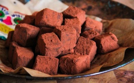 Chilli Chocolate Truffles Recipe by Thomasina Miers I've watched this recipe being made twice on the food network. I NEED to make them!