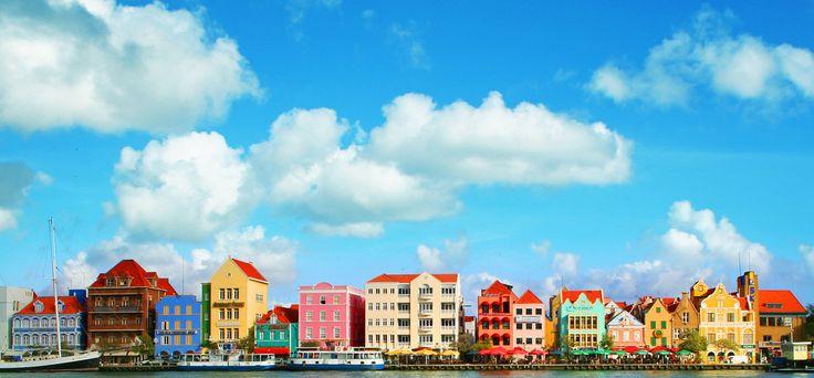 可愛い街と美しい海をダブルで楽しめる!天国のようなカリブの島 キュラソー島: ベネズエラ