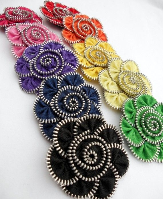 ONE Zipper Flower Hairclip/Pin. I have a ton of old zippers.... now i have a project