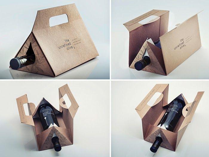 """""""Voici une jolie idée développée par The Small Monsters ici à Montréal. Le projet consistait en la création d'un emballage cadeau pouvant être utilisé pour accueillir soigneusement chacun des quatre formats de bouteilles du bar (de 150 mL à 750 mL) tout en étant abordable, soucieux de l'environnement, réutilisable et facile à stocker à plat."""""""