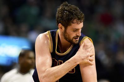 Kevin Love 'highly unlikely' to return to court this season after shoulder injury