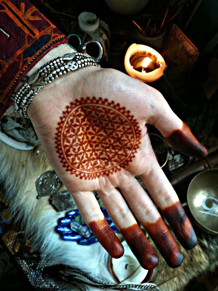 sombhatt: Nomad Heart Henna