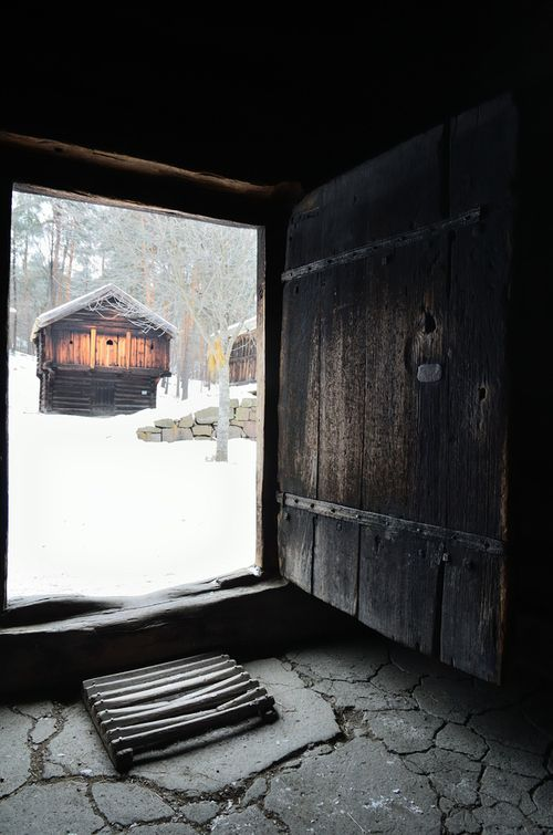 Feel the magic of going to a smoke sauna in the winter and cooling down by rolling in the snow.