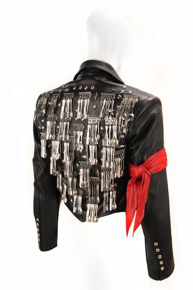 Toda la información sobrel el Vestuario y Make Up de Michael Jackson