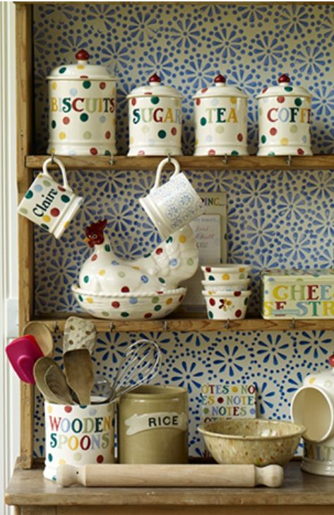 Emma Bridgewater Polka Dot for Spring 2014....@Becky Evans , this made me think of you!