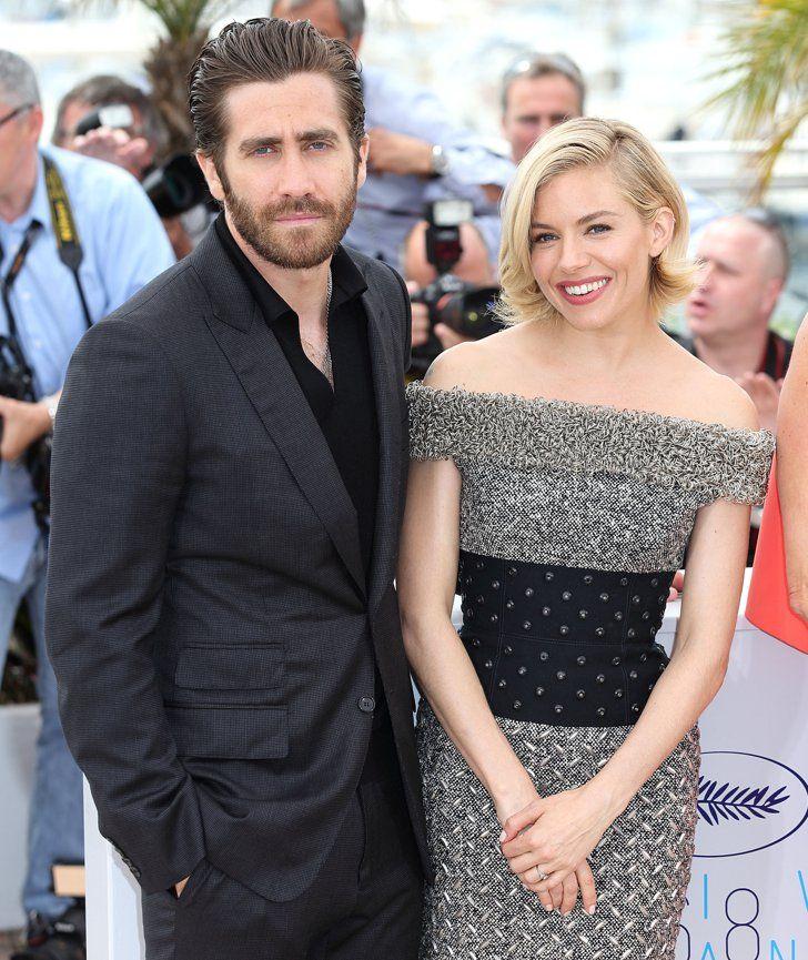 Pin for Later: Personnalités Françaises et Stars Hollywoodiennes Ont Envahi Cannes Jour 1 Jake Gyllenhaal et Sienna Miller