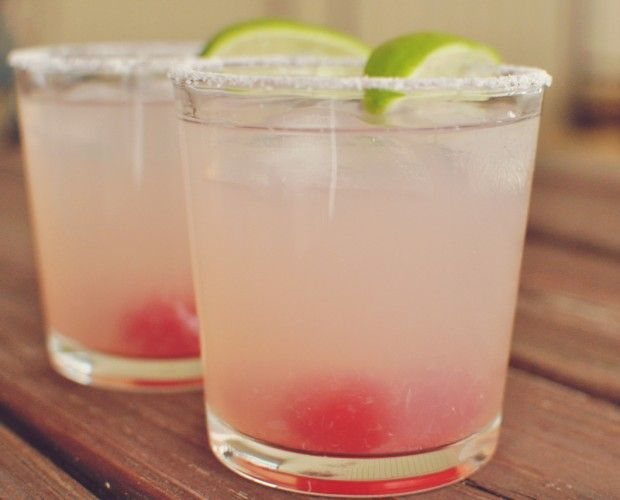 Grown Up Cherry Limeade  Ingredients: Simply Limeade, vodka, maraschino cherries, lime, salt